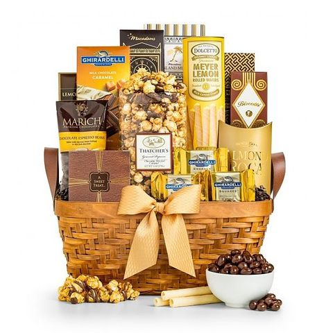 Gift Hamper for Mom is one of the 27 Best Gift Ideas for Mother