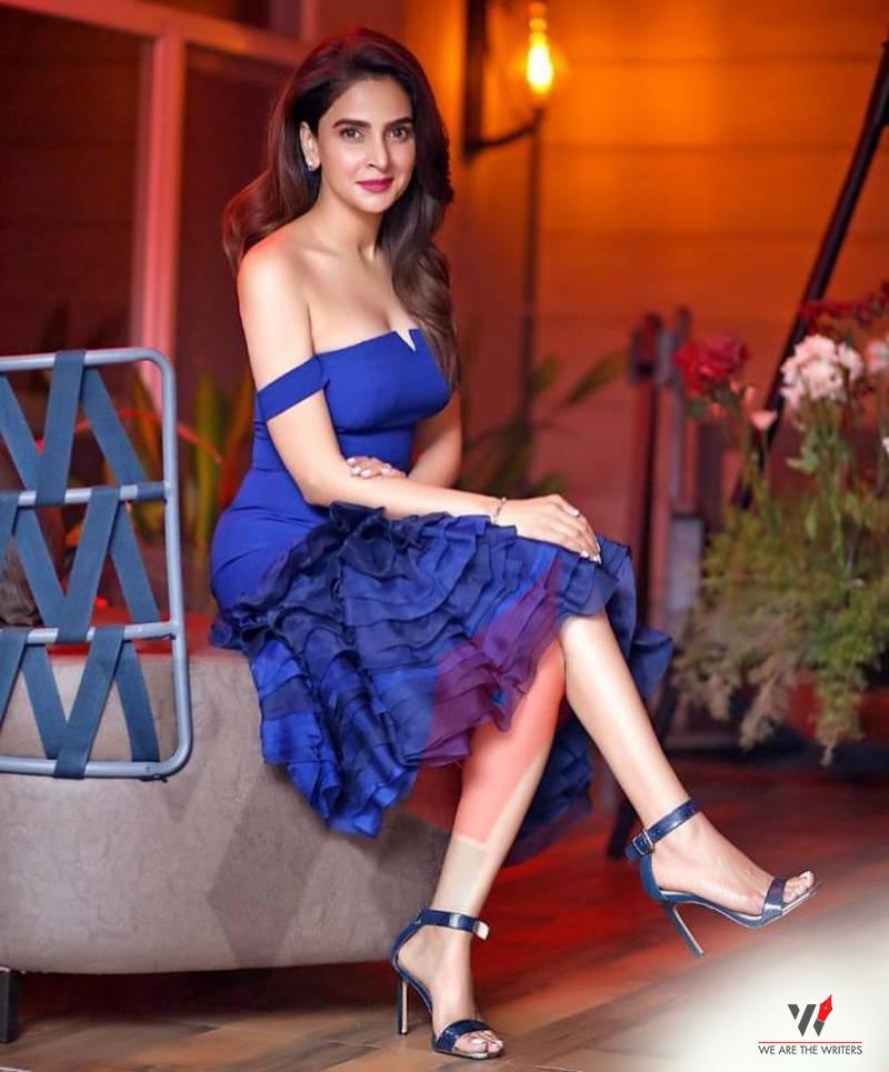 Saba Qamar - Hindi Medium Cast
